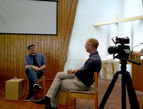 Landtagsabgeordneter Dr. Timm Kern interviewt unseren Pastor